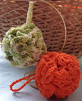 Crochetbathpoufs1_small_best_fit