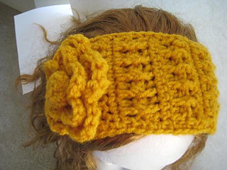 Striped_earwarmer_3_small2