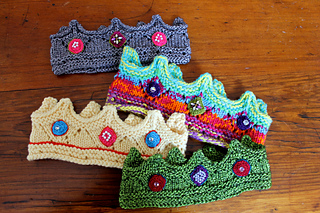 Ravelry  Elegant Knit Crown pattern by Kathryn Andrews 5d614e5910a