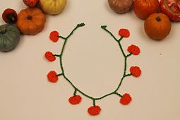 Miniature_crochet_pumpkin_garland_small_best_fit