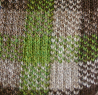 Gingham_scarfclose_small2