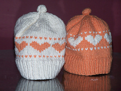 Baby_heart_hat_001_small