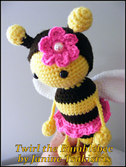 Bee6_small