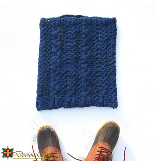 Cowl_with_shoes_square_small2