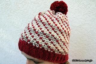 3677a3a50eb5f Ravelry  Swirly Heart Hat pattern by Nicole Riley