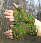 Into_the_forest_mitts_small_best_fit