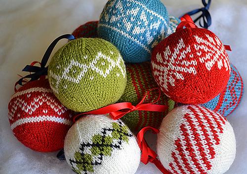 - Ravelry: 7 Colorwork Christmas Ornaments Pattern By Meg Hollar