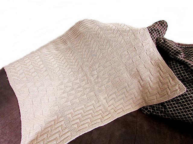 Reversible Baby Blanket pattern by Noma Ndlovu