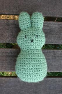 Easter_peep_bunnies_small2