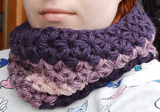 416f2695163 Ravelry  Jasmine Stitch No. 3- 6 petals with puffs in rows pattern by Sara  Palacios