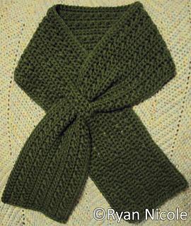 X_s_keyhole_scarf_small2