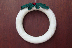 Hollywreath_03_small_best_fit