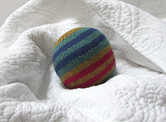 Knit_dryer_ball_01_small