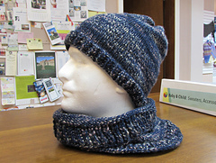 Trust_me_harry_hat_cowl_small