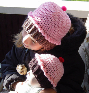 Cupcake_hats_003_small2