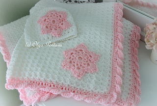 Star_stitch_white_and_pink_baby_afghan_small2