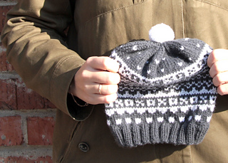 Simple-fair-isle-hat_2_small2
