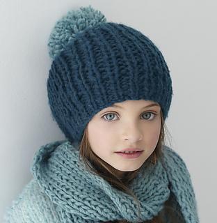 a76158a6e59 Bonnet n°150-T17-222  by Phildar France