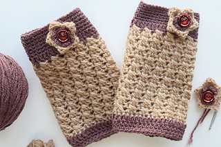 Ravelry Hand Warmer For Baby Pattern By Sheetal Pathak