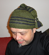 Green_and_black_tailcap_-_100__small_best_fit