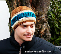 Norther_stripes_beanie_by_pattern-paradise