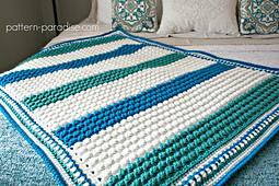 Free_crochet_pattern_blue_hawaiian_baby_blanket_by_pattern-paradise