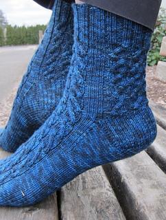 Starry_night_socks_7_small2