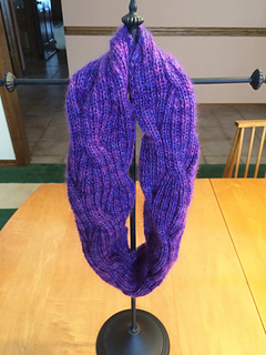 Artyarns_cashmere_glitter_2_ply_rose_lilac_puffy_cable_cowl_3_small2