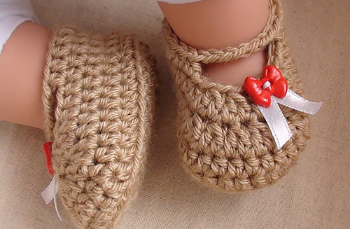 Posh_crochet_baby_booties_medium