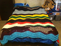 Scrap_yarn_blanket_3_small