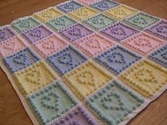 Hearts_knitting_pattern_small