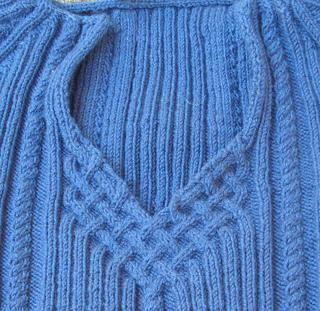 Sweater_neckline_007_small2