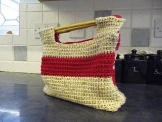 Crochet_bag_-_18th_november_2009_small2