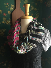 Laveau_cowl_3_small