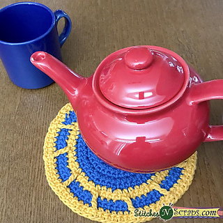 With_teapot_small2