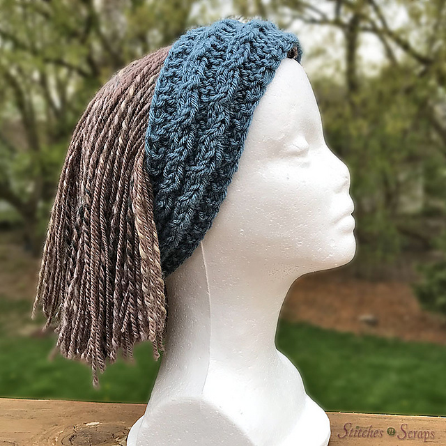Reversible Cables Headband pattern by Pia Thadani