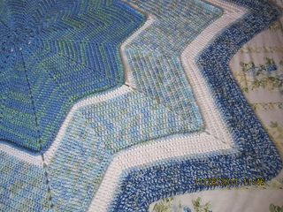 Little_boy_blue_star_rug_5_small2