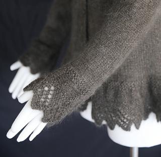 Grey_sweater_5_small2