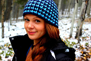 fa114f71ebb Ravelry  Houndstooth Beanie (Reversible) - Adults pattern by Liz ...