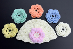Shell_stitch_baby_cloche_small_best_fit