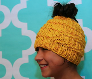Messy_bun_hat_yellow_small2