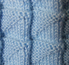 Blue-muda_triangle_blanket_closeup-compressed_small