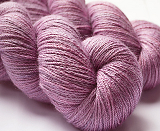 Blackmoor_gate_203_dazzling_4_ply_012_small2