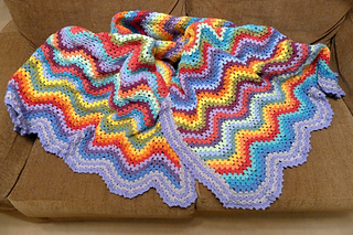 0442-blanket_on_the_settee_small2