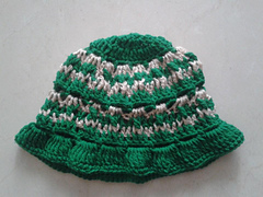 Crochet_baby_hat_for_1_yr_small