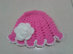 Crochet_frilly_pink_hat_small