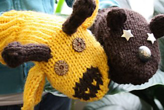 Design-your-own-animal-mittens_small2