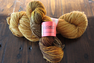 Yarn-for-mum-socks_small2