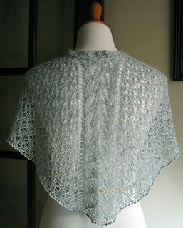 Fairy-garden-shawl-back_small2
