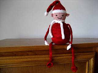 Shawn_the_shelf_elf_03_small2